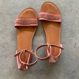AMERICAN EAGLE sandals!☀️